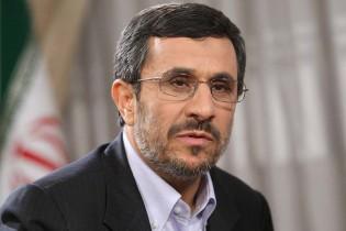 واکنش احمدی نژاد به ردصلاحیت خود