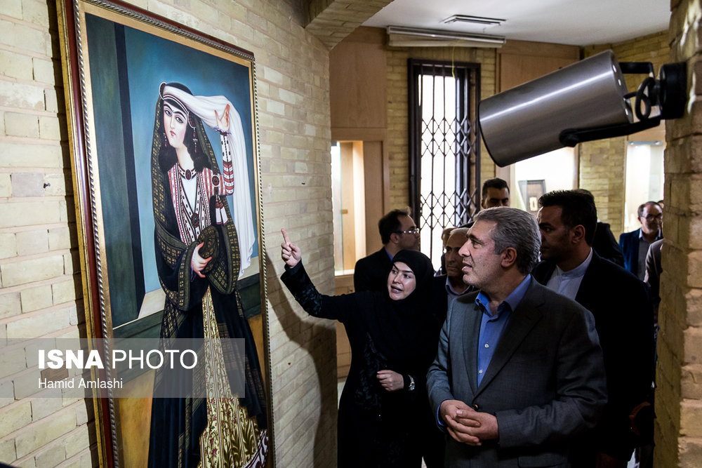 افتتاح نمایشگاه دایمی صنایع دستی در سازمان میراث فرهنگی و گردشگری