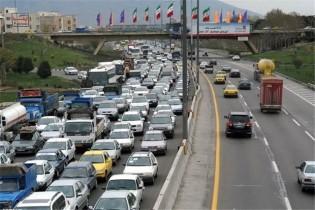 آخرین وضعیت راه های کشور/ ترافیک سنگین در کرج-چالوس و جاده هراز
